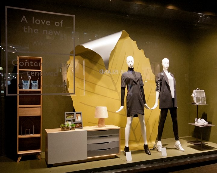 John-Lewis-Windows-2015-Fall-London-UK-13